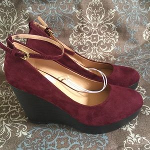Report New Wedges